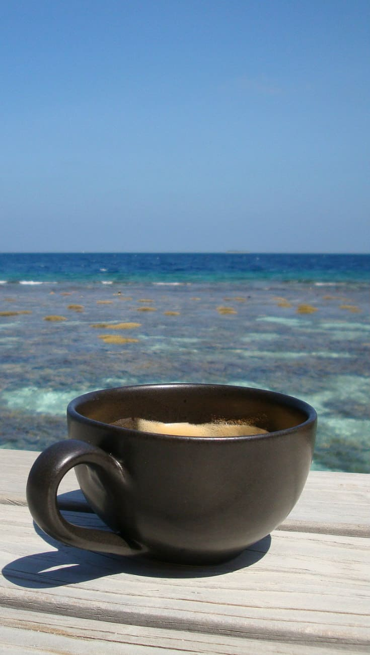 Coffee in Hawaii: Best Coffee Around The World via greenglobaltrvl