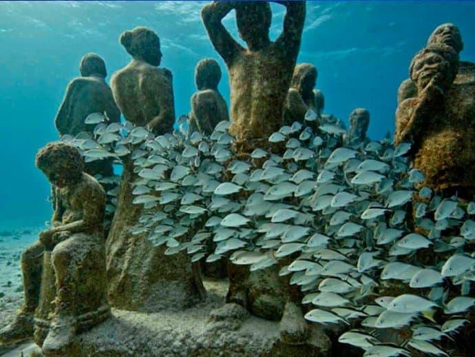 Diving MUSA Cancun Underwater Art Museum
