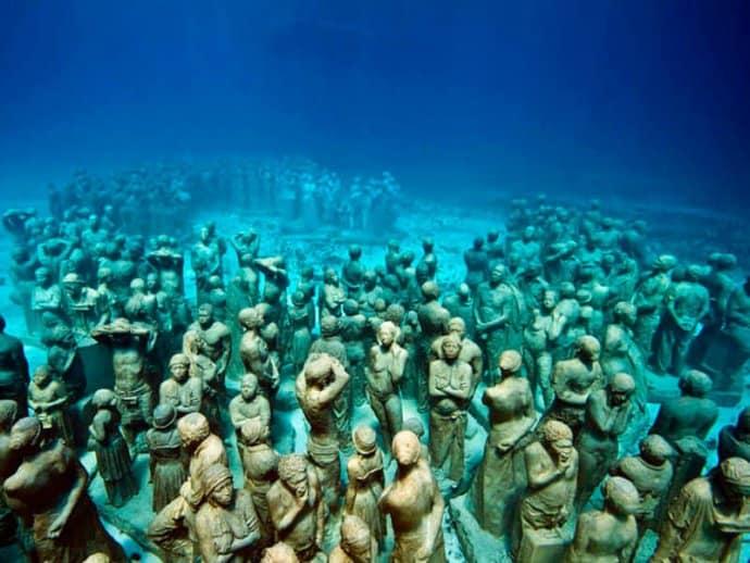Snorkel Cancun Underwater Museum with Aquaworld