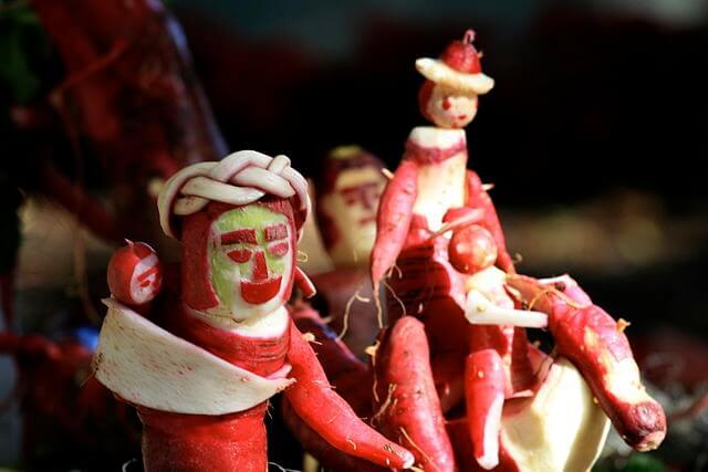 Weird Christmas Customs -Night of The Radishes