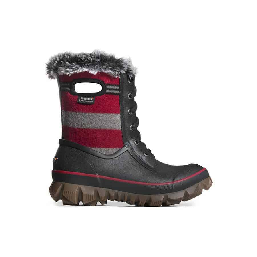 Best Gifts for Cold Weather Female Travelers -Bogs Boots