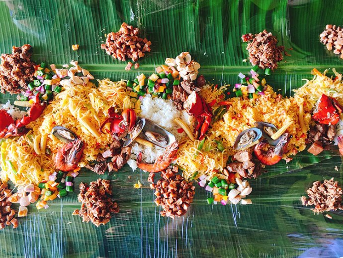 Boodle Fight at Club Paradise in Coron, Palawan