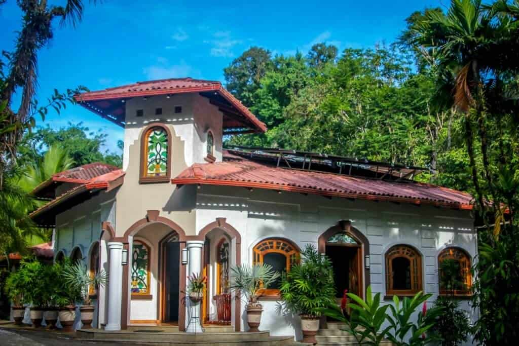Costa Rica Travel Guide -Casa Corcovado