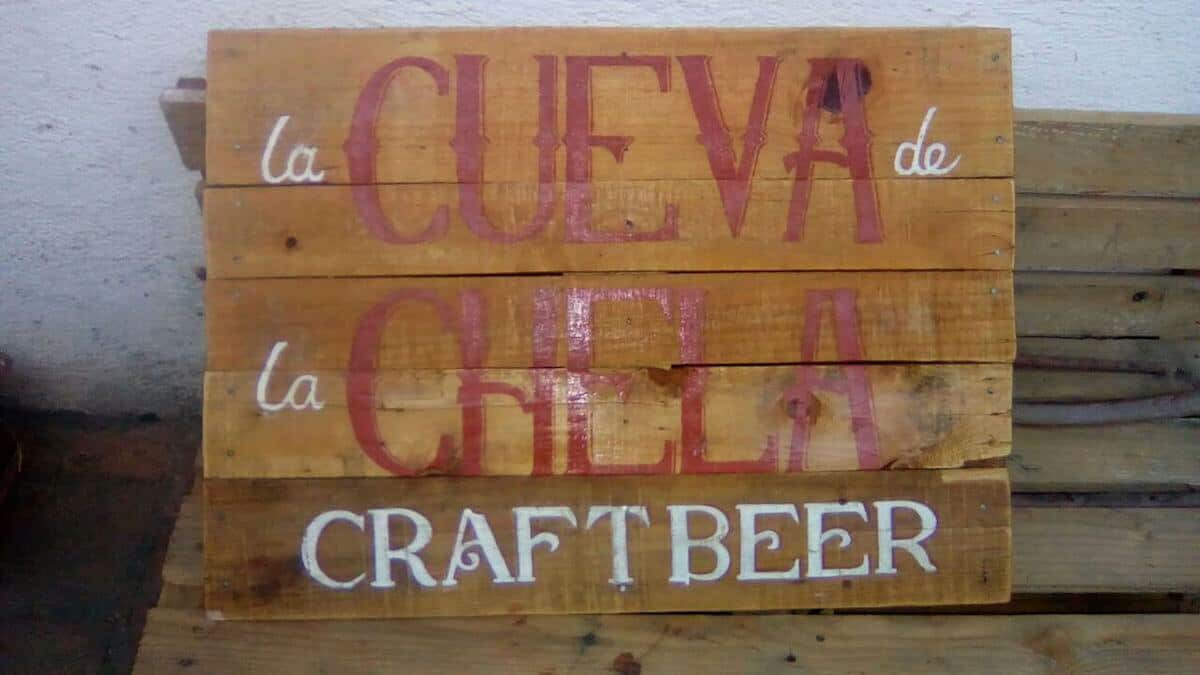 7 Do It Yourself Pallet Projects- Sign