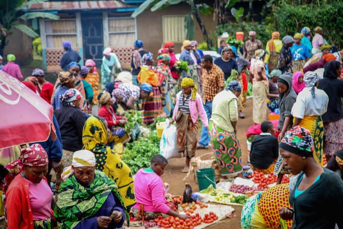 Why Repsonsible Tourism is Better- Market