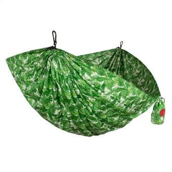 Spring Outdoor Gear Reviews - Grand Trunk Double Parachute Hammock via @greenglobaltrvl