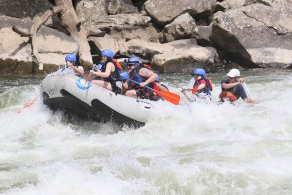 Rafting New River Gorge, West Virginia: Family Bonding Through Adventure