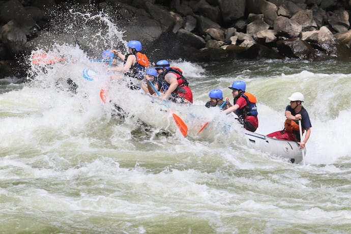 Rafting the New River Gorge West Virginia: Fayette Station Rapid