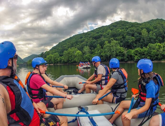 Rafting the New River Gorge West Virginia: Cunard Put-in
