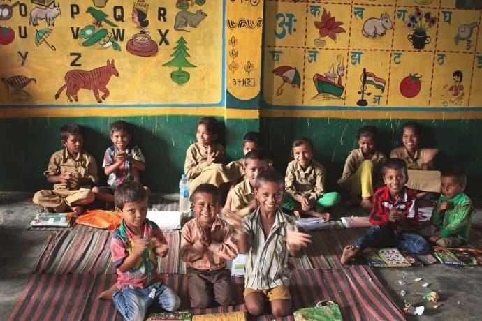 Sustainable Travel to Schools - Bring School Supplies via @greenglobaltrvl
