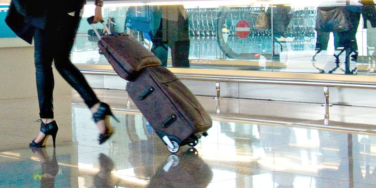 Best Carryon Luggage 2017 via @greenglobaltrvl