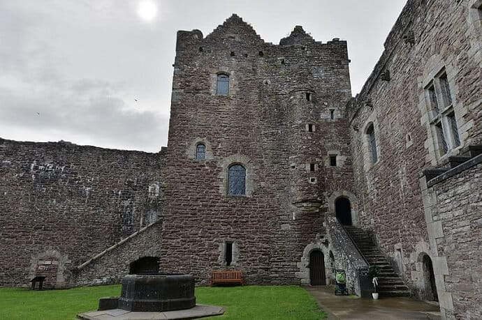 Doune Castle Games of Thrones Courtyard