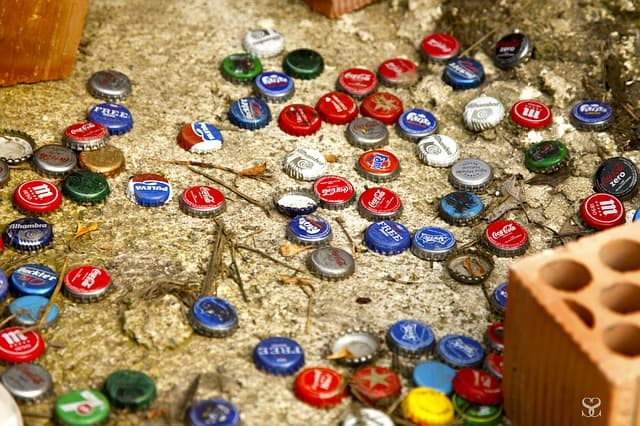 Make Bottle Cap Pins into Recycled Christmas Accessories