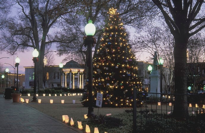 Christmas Events outside Atlanta -Marietta Square Winter Wonderland