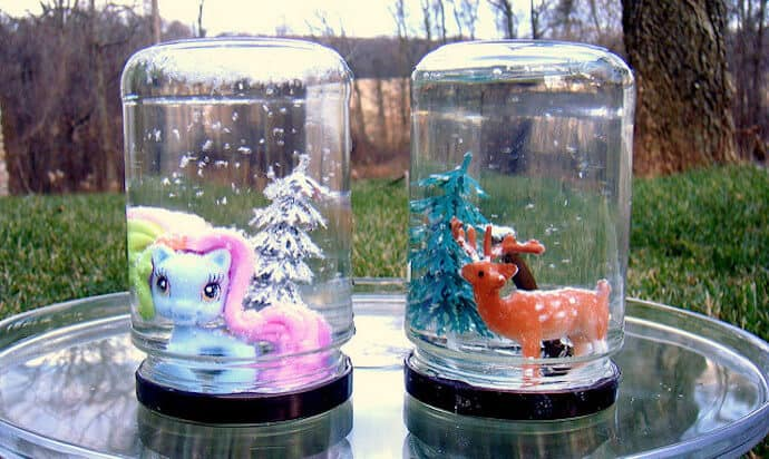 Christmas Arts Crafts Recycled - Snow Globe
