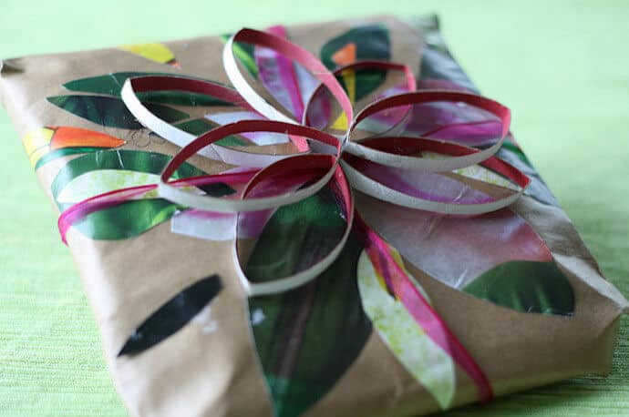 Christmas Arts Crafts Recycled - Wrapping Paper