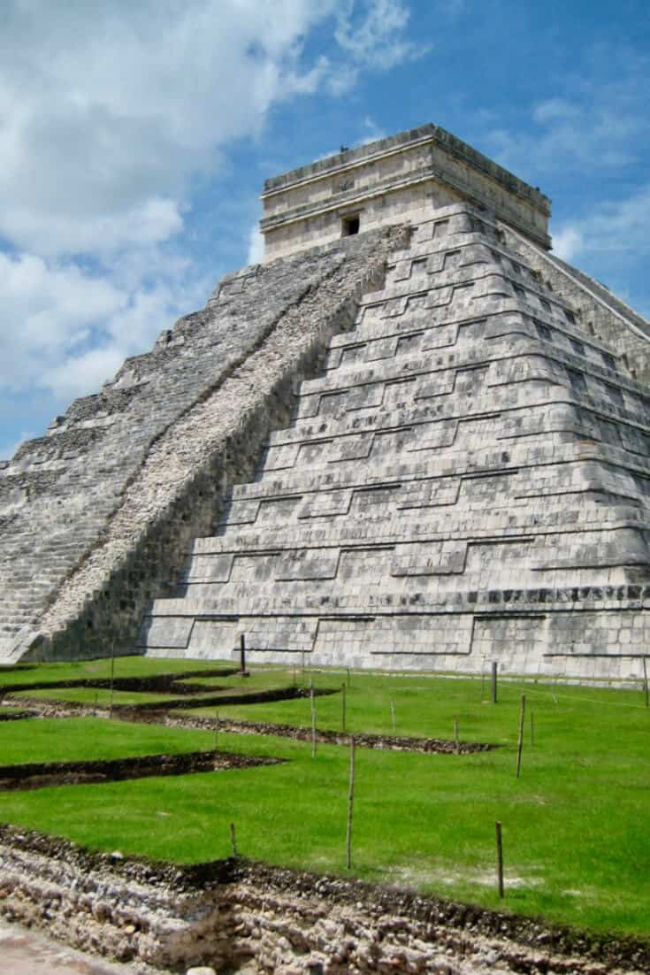 Ancient Maya Ruins in Mexico - Chichen itza