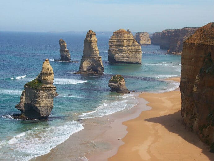 THE GREAT OCEAN ROAD -Twelve Apostles
