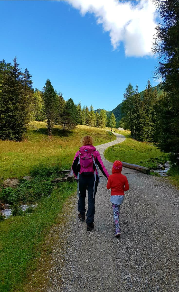 Hiking the Dolomites in Italy is a fun summer travel adventure for the whole family. via @greenglobaltrvl