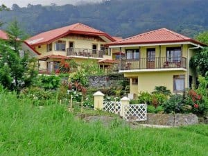 Hotels near El Guayabo National Monument- Hotel Guayabo Lodge