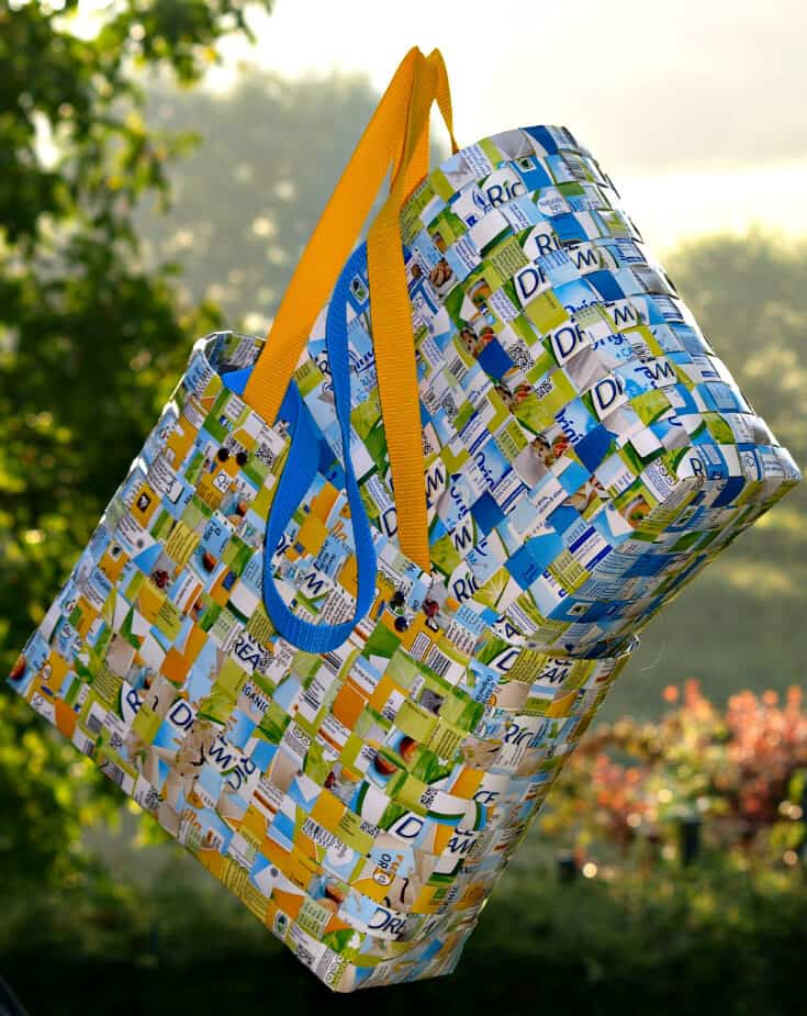 Going Green Recycling Tips - Recycle old plastic bags into a new shopping bag!