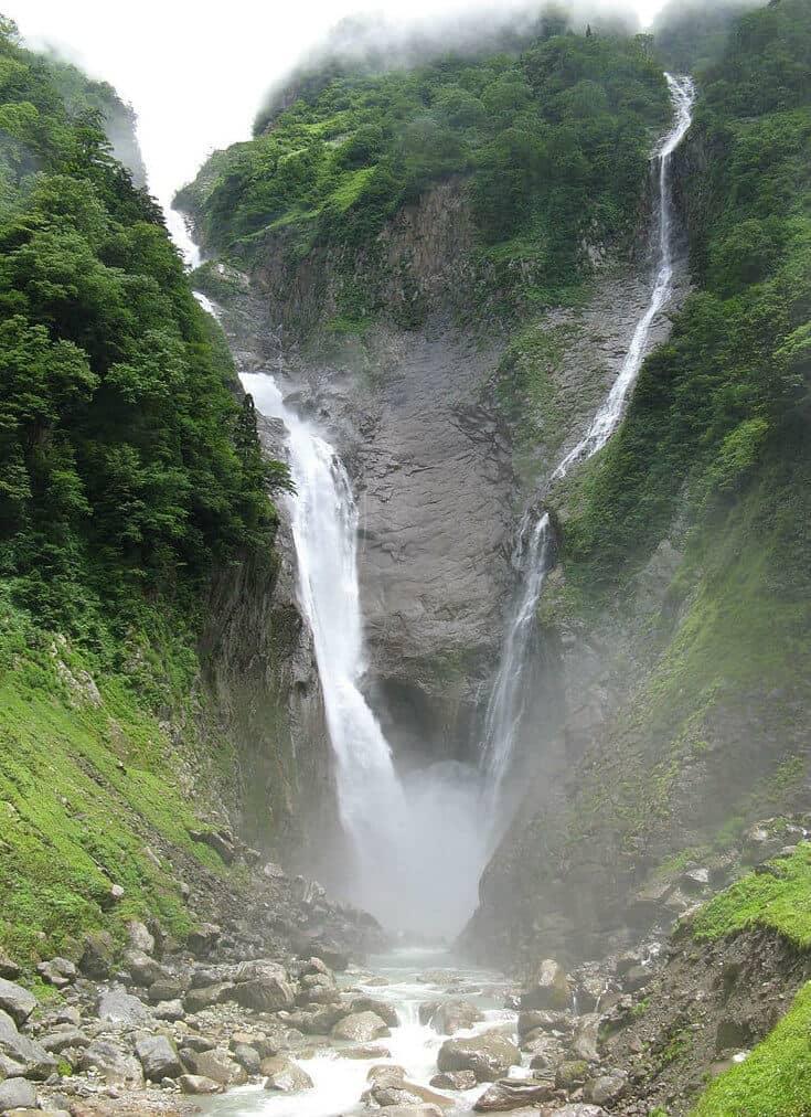 Largest Waterfalls in Japan - Hannoki Falls & Shomyo Great Falls
