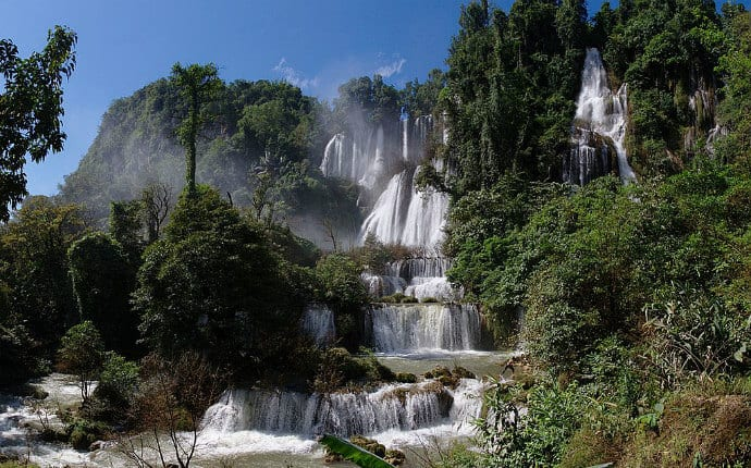 Most beautiful waterfalls in the world-Thi Lo Su