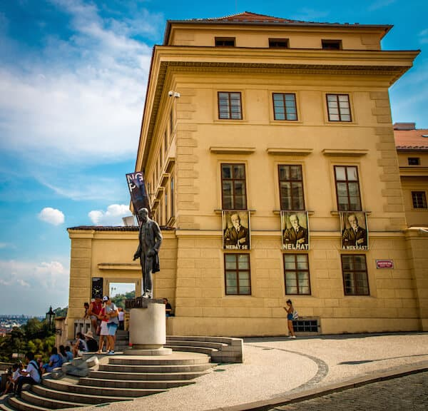 National Gallery in Prague: Tomáš Garrigue Masaryk Statue