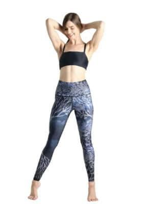 Yoga pants made from recycled plastic bottles - Yoga Democracy