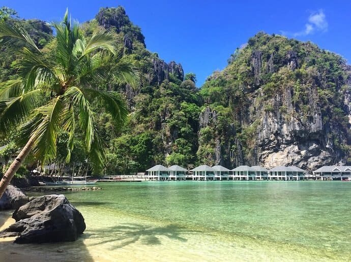 Lagen Island, El Nido Hotel in Palawan