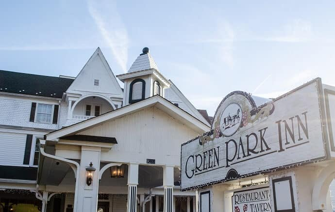 Haunted Hotels in North Carolina, Green Park Inn