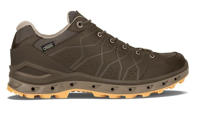 LOWA Aerano GTX Lo- Mens comfortable walking shoes
