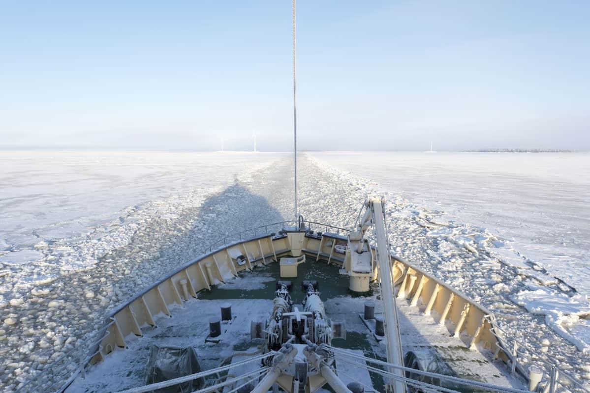Finnish Lapland: Sampo Icebreaker Ship