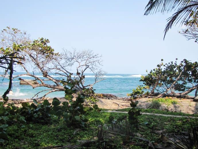 Become a Responsible Traveler-Tayrona National Park in Colombia