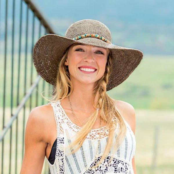 Best Hats for the Beach - Wallaroo Hats Sabrina