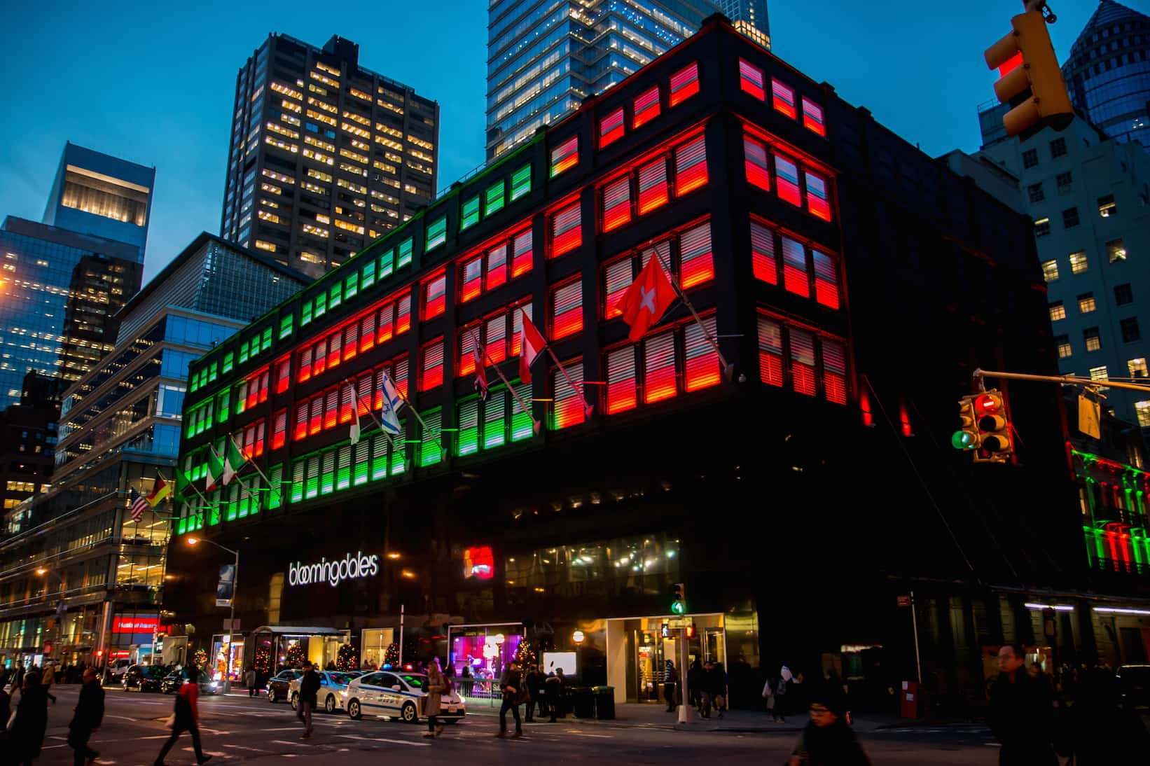 NYC Christmas: Free Walking Tour (Bloomingdales)