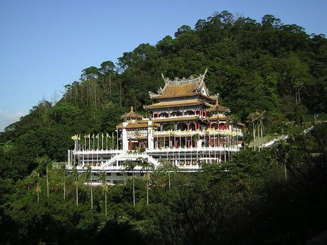 Chi Nan Temple in Taipei, Taiwan