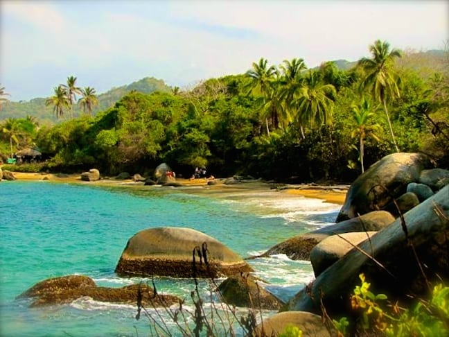 Beach_in_Tayrona_National_Park_Colombia