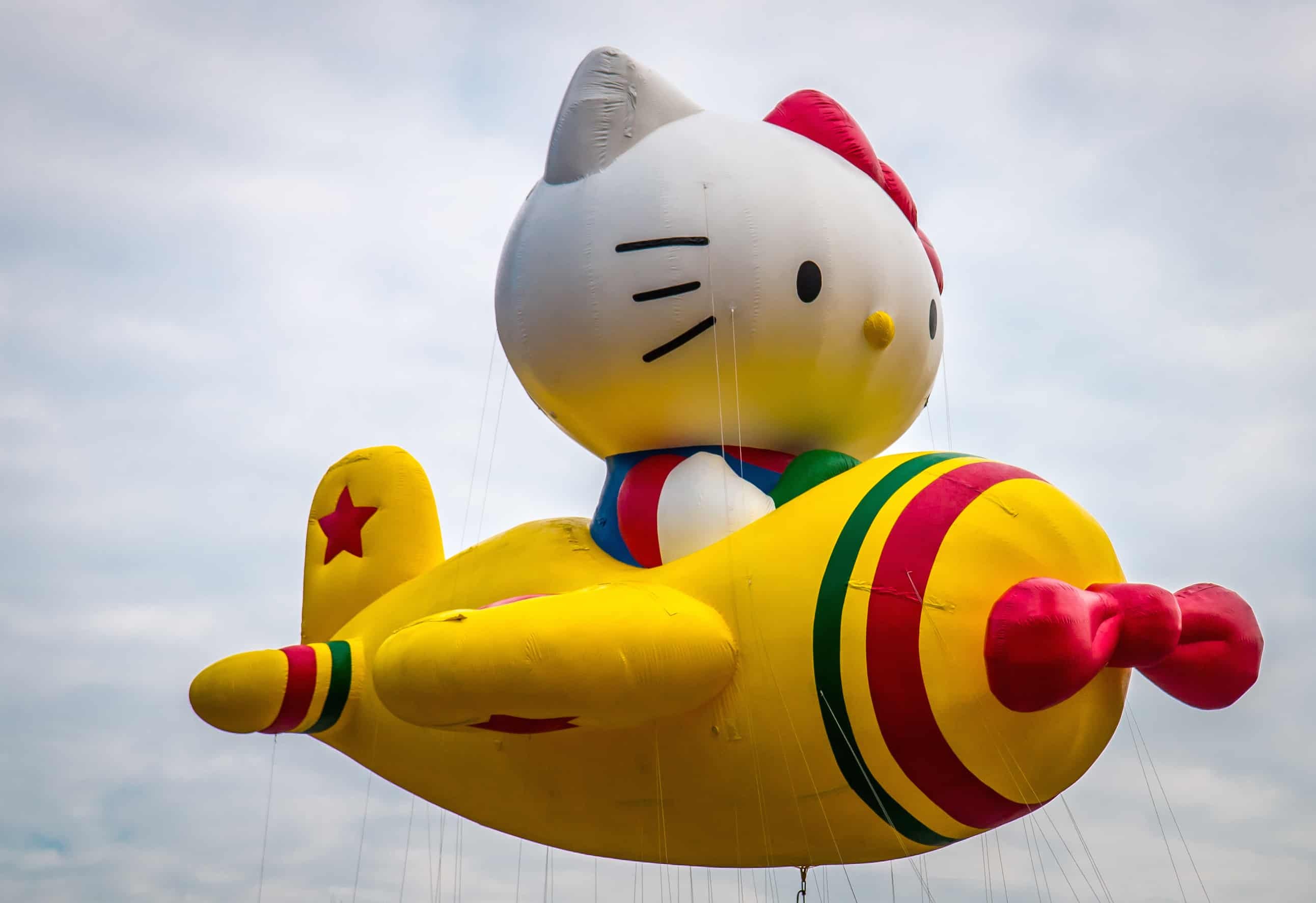 90th macy's thanksgiving day parade- Hello Kitty