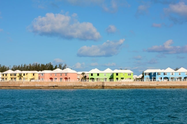 how to get to bermuda by boat