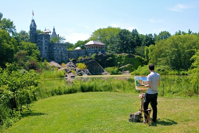 Artist_painting_Belvedere_Castle_Central_Park