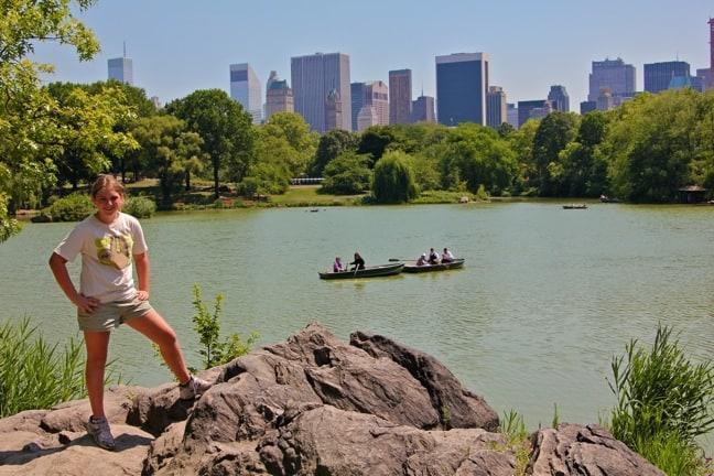 Central_Park_Lake_Rowboats