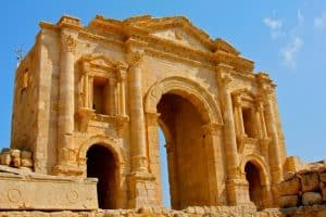 Travel to Jordan: Hadrian's Arch in Jerash
