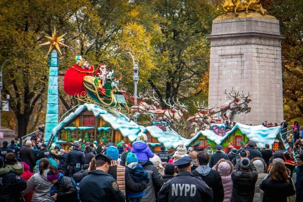 90th macy's thanksgiving day parade- Santa Claus