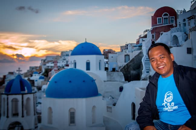 Anton Diaz of Our Awesome Planet in Oia, Santorini