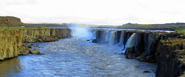 Waterfalls in Iceland -Selfoss Waterfall
