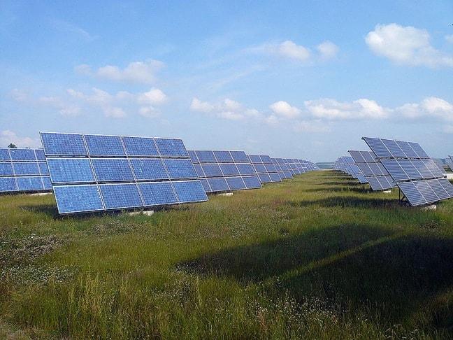 Solarfeld Erlasee by Rainer Lippert