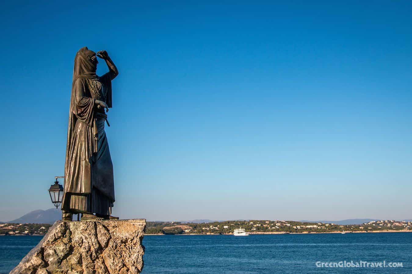 Spetses_Statue_Laskarina_ Bouboulina