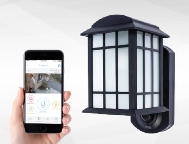 Travel Essentials: Maximus Smart Security Light