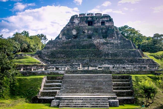 Xunantunich, Mayan Ruins in Belize